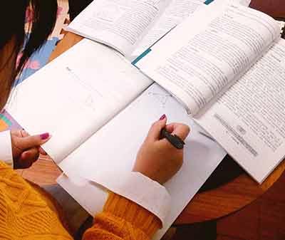 大四学员应当去实习还是备考CMA考试?